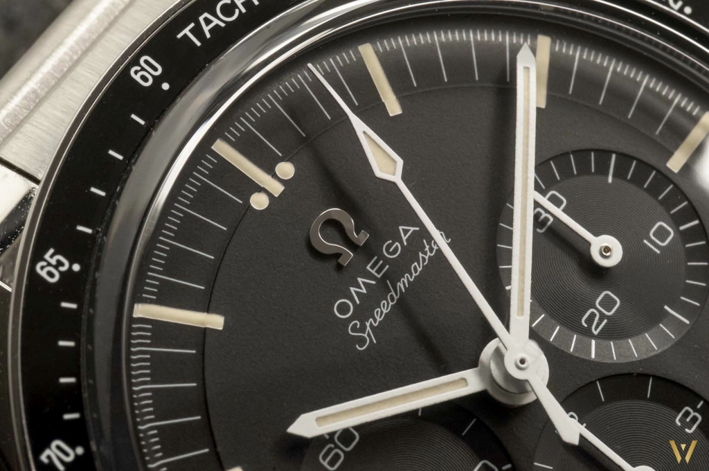Photo macro of the Omega Speedmaster Moonwatch Caliber 321 dial