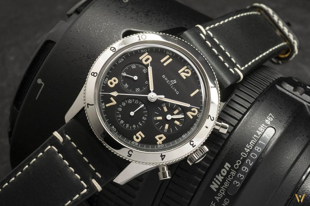 Aviator's watch Breitling AVI 765 1953 Re-Edition