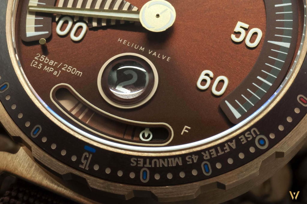 Power reserve indicator - RESERVOIR Hydrosphere Bronze Maldives Edition