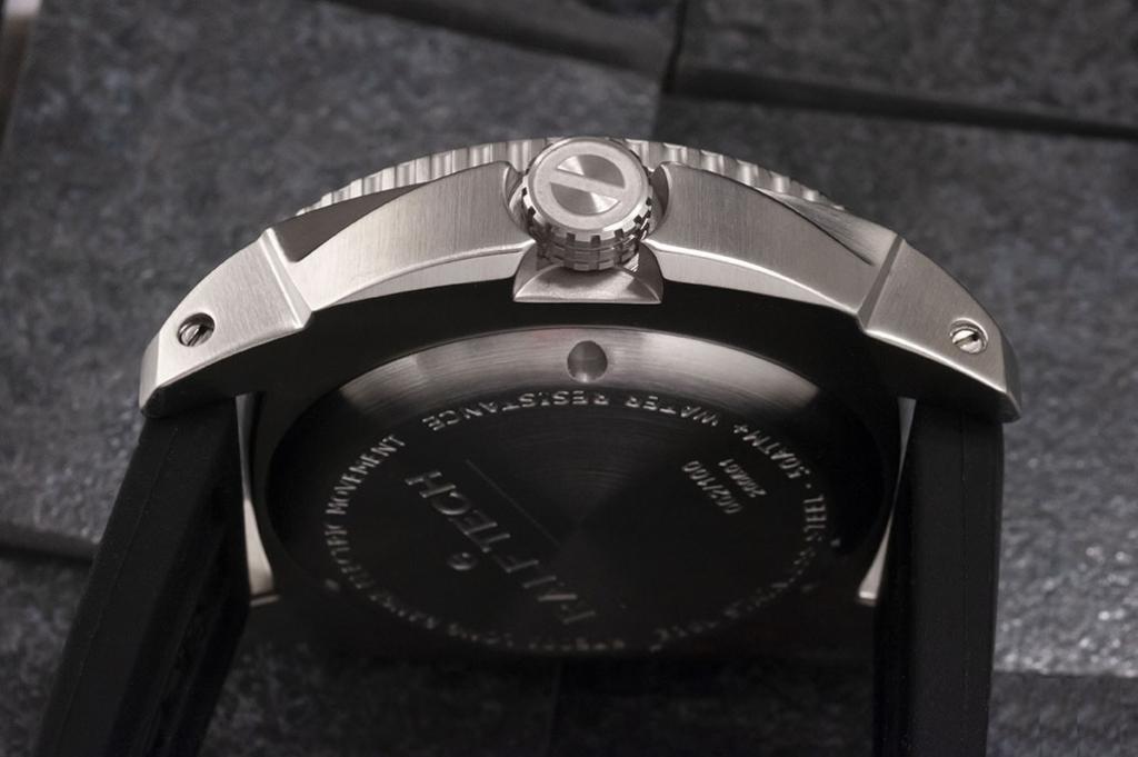 A 47.5mm steel case - Ralf Tech WRX Electric Origina