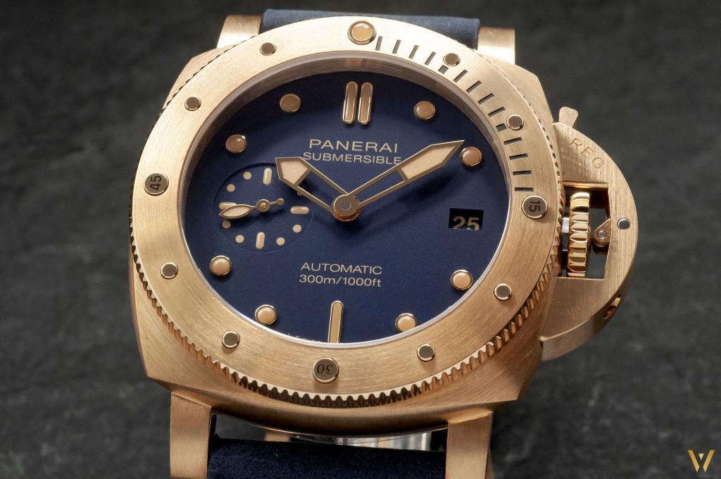 Photo of the dial - New Panerai Bronzo 2021 edition
